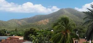 El cerro Mureche y el Cerro Pelón al Norte del Valle de Tacarigua